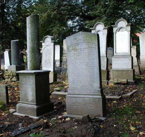 Kłodzko (Glatz). Cmentarz żydowski z 1825 roku, czynny do 1974 roku. Fot. Piotr Piluk (2013)