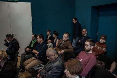 """Dyskusja """"Nekropolie – sakralizacja/desakralizacja"""" (Mikołaj Rozen, dr Irmina Gadowska, dr hab. prof. US Jaromir Brejdak, Robert Stankiewicz)"""
